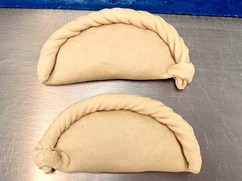 Left & right-hand crimped pasties pasties - note the roll of the crimped-up crust